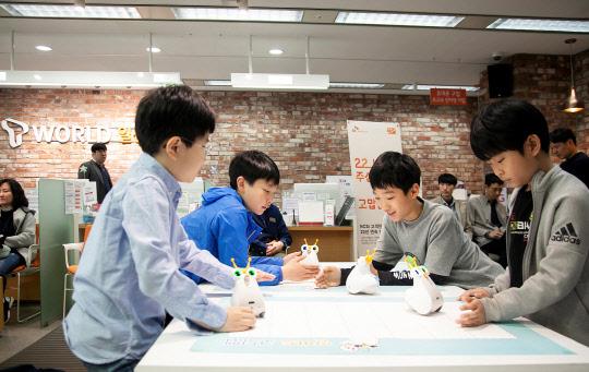 SKT `T스마트폰 교실` 2000명 돌파
